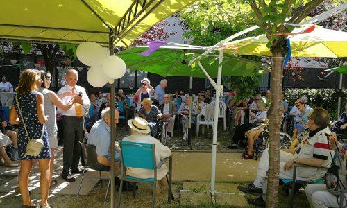 Soleil et convivialité pour les 30 ans de l'association avec les résidents